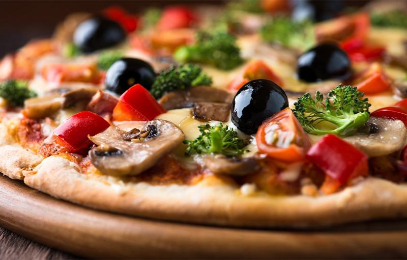 Pizza au feu de bois